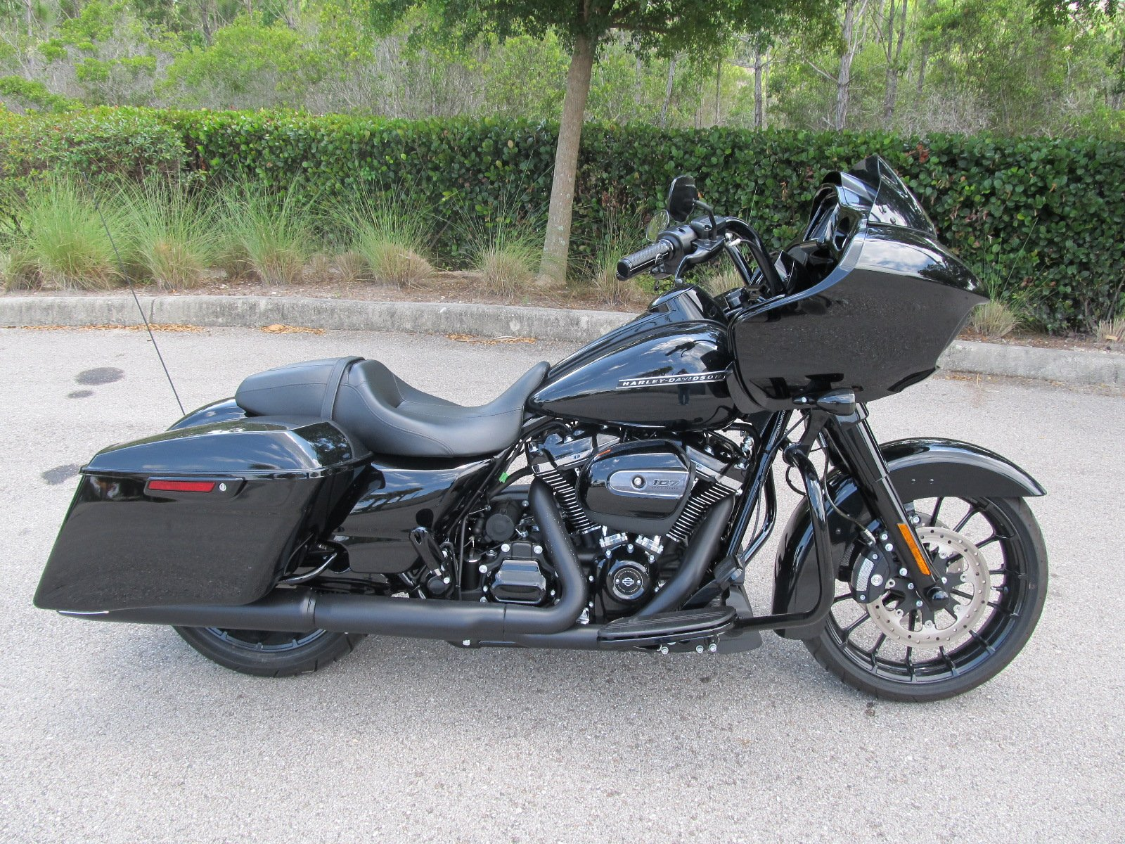 Pre-Owned 2018 Harley-Davidson Road Glide Special FLTRXS